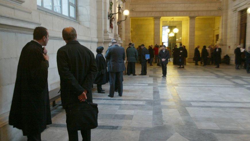 La salle des pas perdus du tribunal de Pau