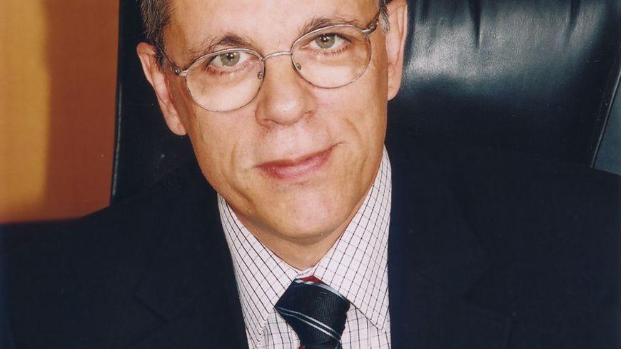 Francis Decoucut, directeur de l'hôpital d'Avignon