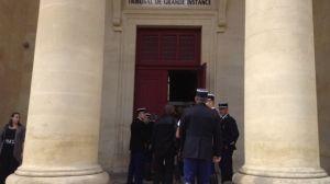 Les collègues du gendarme tué. Tribunal de Bergerac lors de l'audience du 10 septembre 2013.