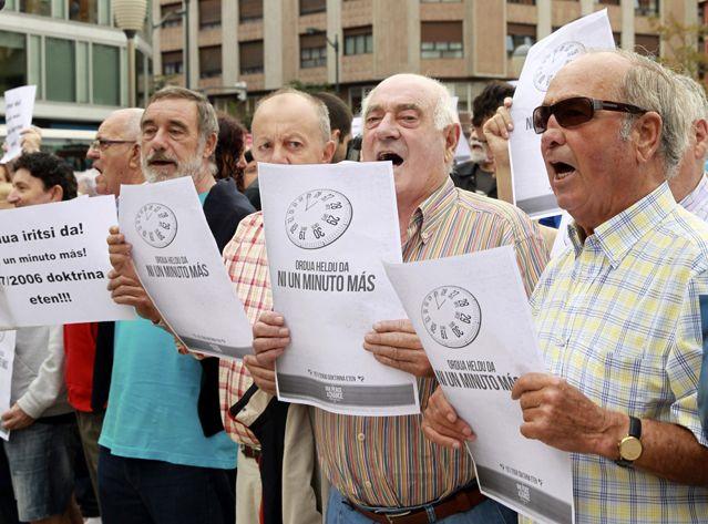 Manifestants basques réclamant la libération d'Ines del Rio