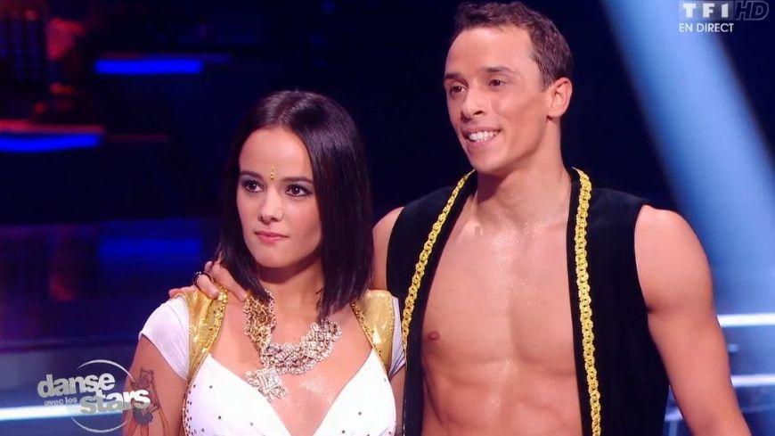 Grégoire Lyonnet et la chanteuse Alizée écoute le verdict du jury à Danse avec les stars 4