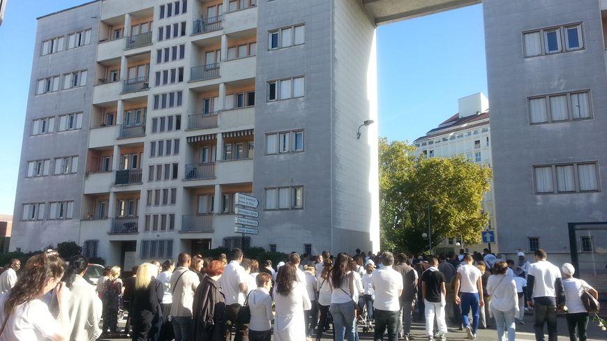 Marche blanche en hommage à Mevlut et Ali