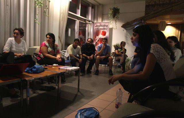 La réunion des étudiants rom
