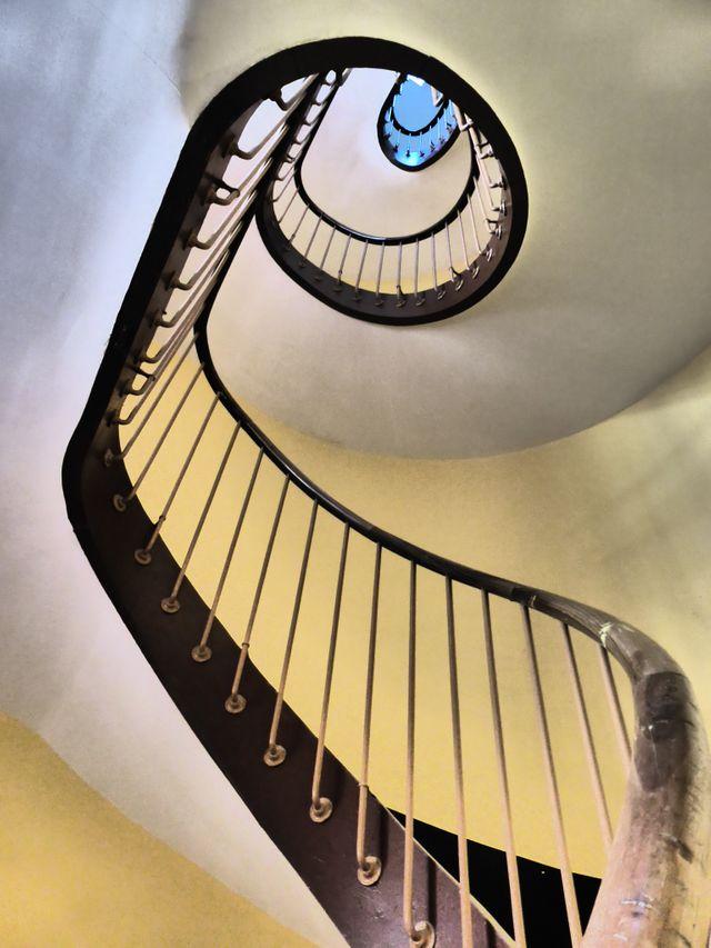Les escalier du Familistère de Guise.