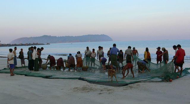 Pêcheurs birmans.