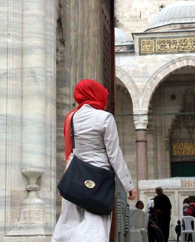 Femme à Istamboul