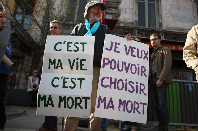 Manifestants pour l'euthanasie