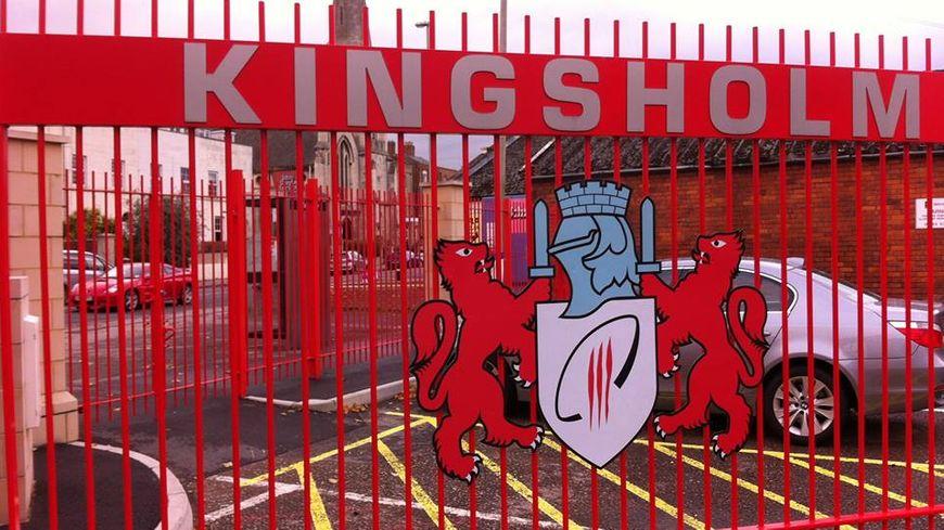 La grille d'entrée du stade Kingsholm de Gloucester