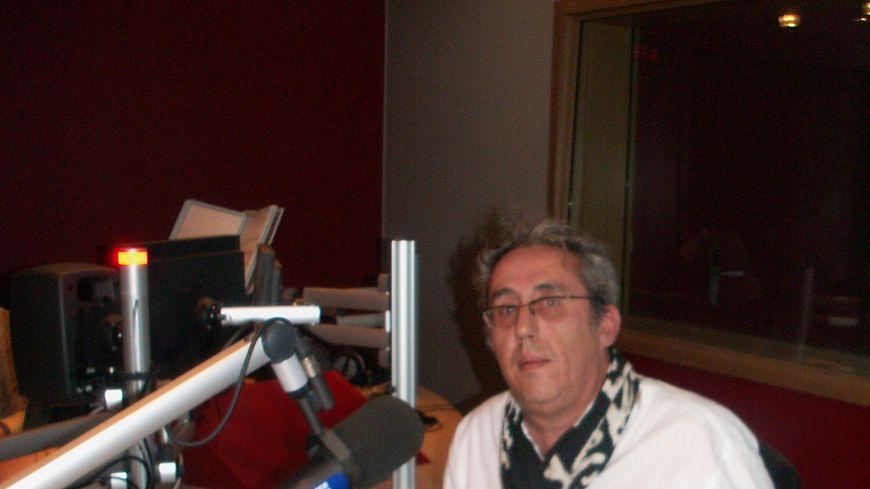 Alain Bousquet dans le studio de France Bleu Gironde