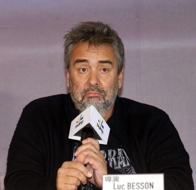 Luc Besson dans le colimateur de la Cour des comptes