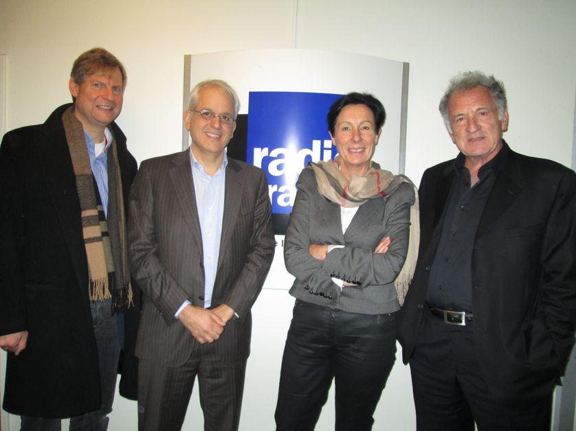 De gauche à droite : Thomas Voit, Frédéric Revah, Laurence Thiennot Herment, René Frydman