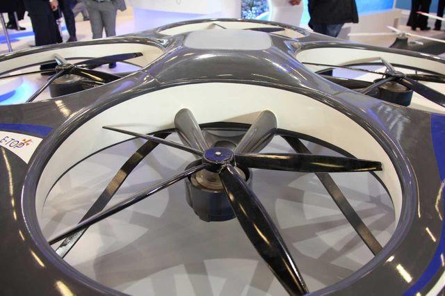 Un drone électrique présenté à Milipol 2013
