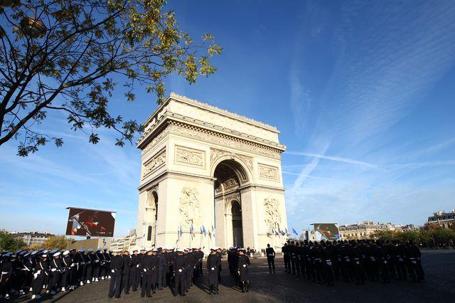Cérémonie de la commémortation du 11 novembre sur les Champs Elysées à Paris