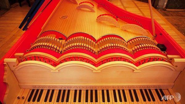 Un pianiste polonais a fabriqué la « viola organista » de Léonard de Vinci