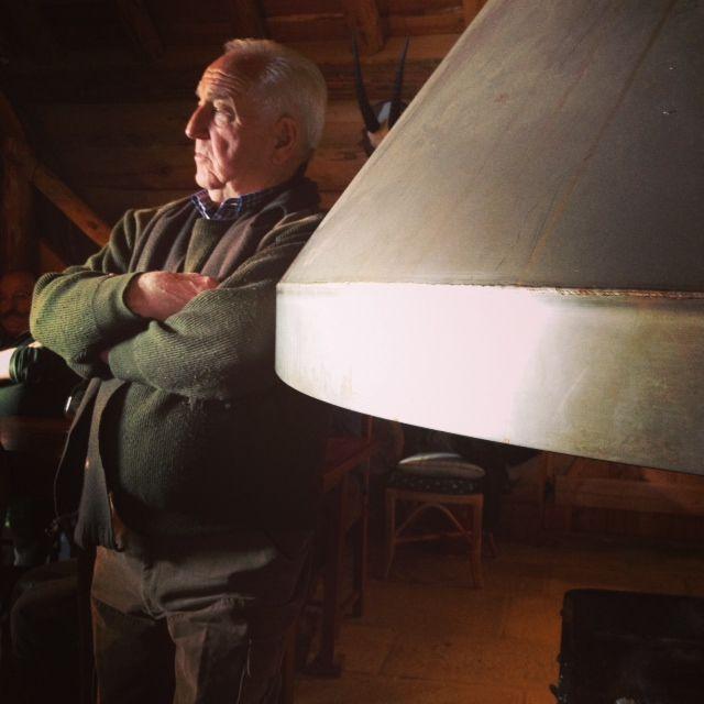 Robert Nominé, président de la société de chasse de la forêt domaniale du grand Ha, près de Beaune.