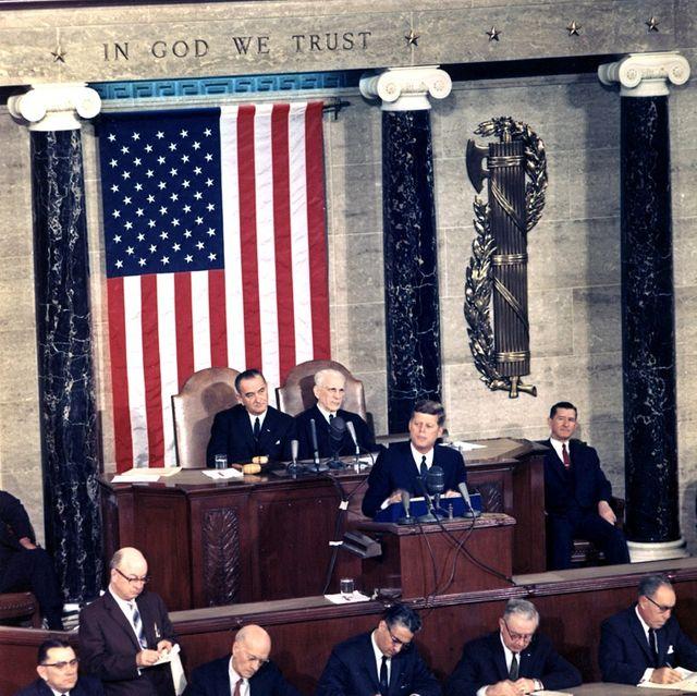Le président John F. Kennedy prononçant le discours annuel sur l'état de l'Union, le 14 janvier 1963.
