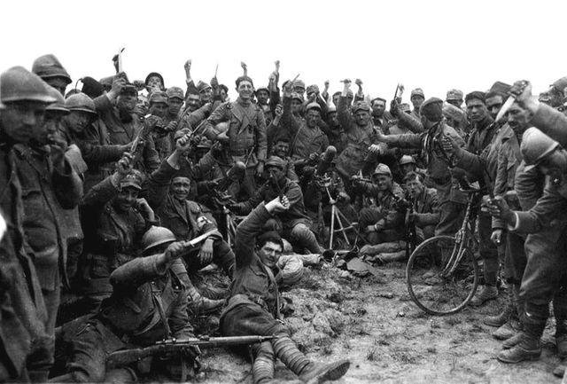 Soldats italiens du corps des Arditi en 1918
