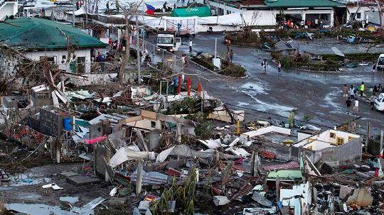 Haiyan est le typhon le plus violent depuis des décennies
