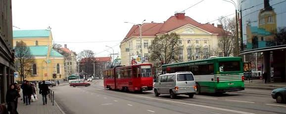 Tallinn Centre-ville, un trolley-bus.
