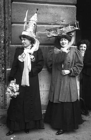 Catherinettes, Paris, 1909