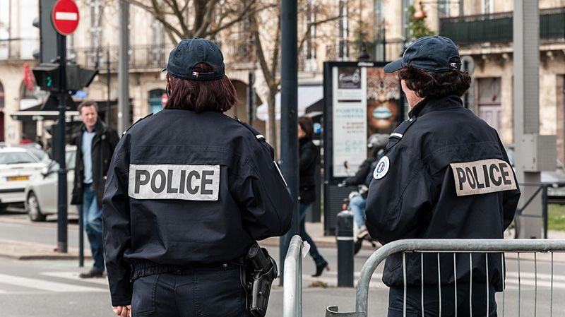 Des mini cam ras pour filmer les interventions de la - Grilles indiciaires police municipale ...