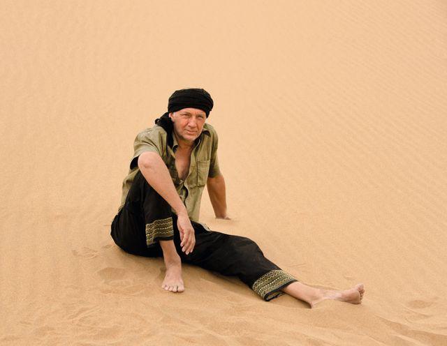 Philippe Frey dans le désert