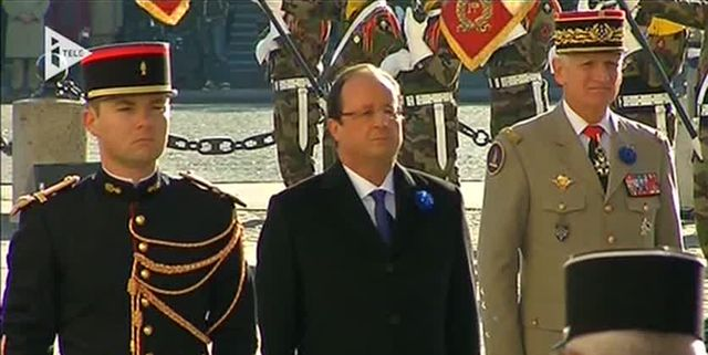 François Hollande à l'Arc de Triomphe