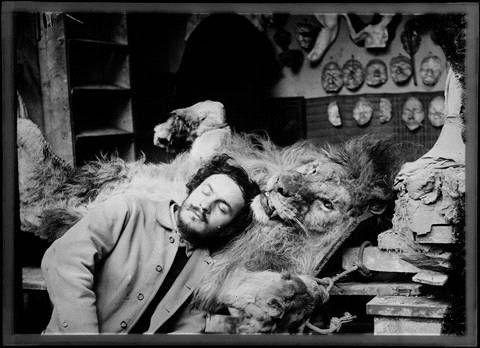 Anonyme, Antoine Bourdelle dans l'atelier © Musée Bourdelle - Roger-Viollet