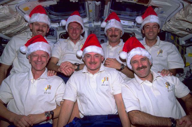 Noëll dans l'espace