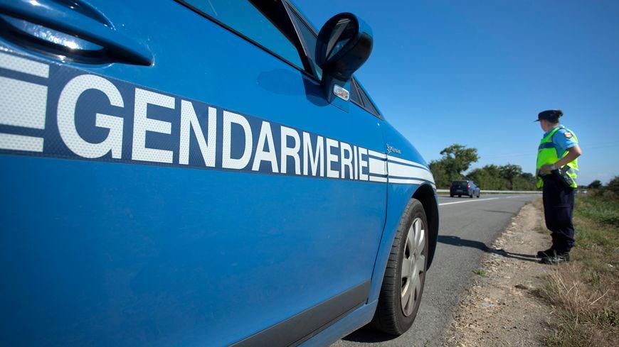 Véhicule de gendarmerie