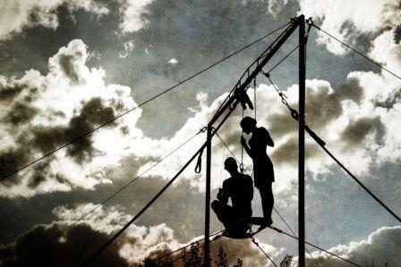 Les Sélènes, duo aérien : Laura de Lagillardaie et Olivier Brandicourt