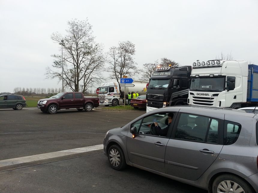 Manifestation de petits transporteurs routiers à Roye