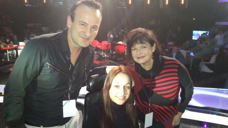 John, Marissa et Maurance sur le plateau du Téléthon en 2012