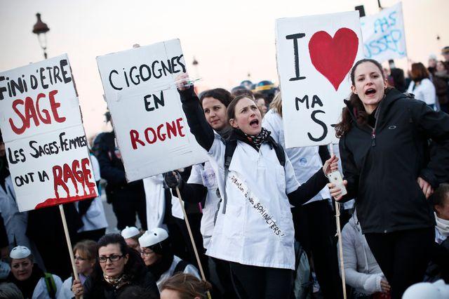 Manifestation de sages-femmes