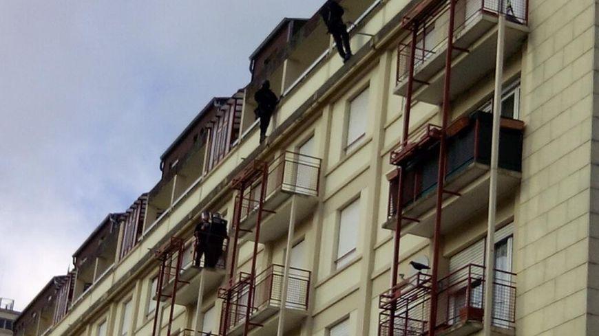 Les hommes du GIPN en intervention à Metz