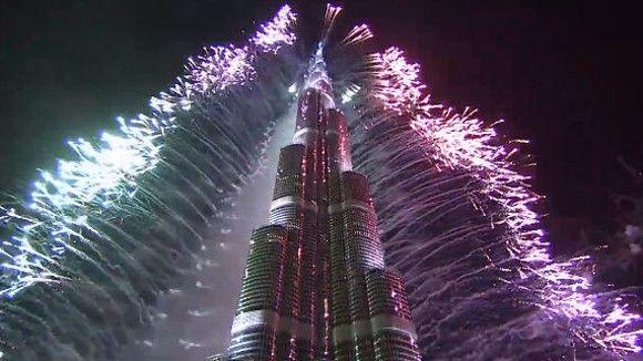 Dubaï a tiré le plus grand feu d'artifice du monde