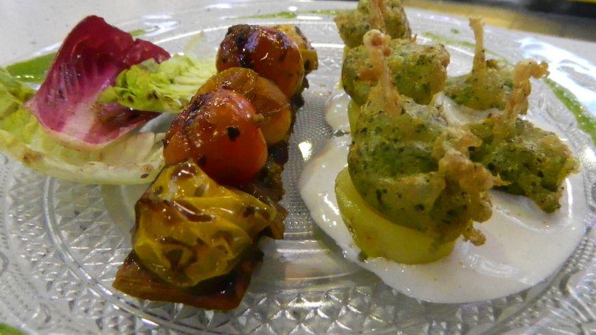 La recette du jour : Tarte fine de tomates confites et ses gigots de grenouille en tempura verte