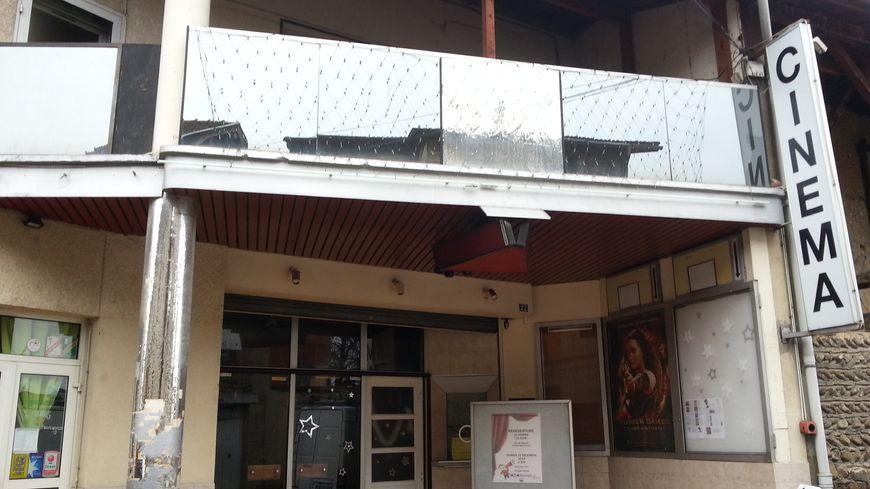 """Le cinéma """"Le Club"""" à la Côte-Saint-André"""