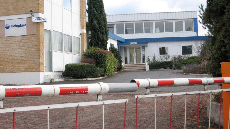 La CGT de Coloplast à Sarlat craint la suppression de 80 emplois intérimaires dans l'entreprise.