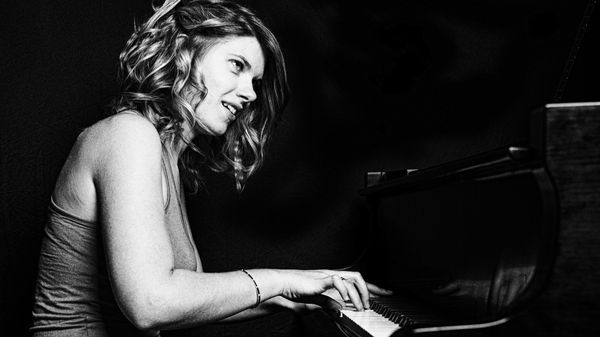 Jazz Trotter : Emie R. Roussel