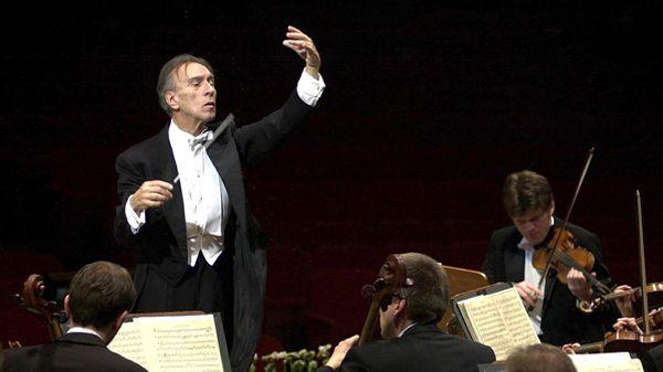 Claudio Abbado renonce à son salaire de sénateur en faveur de jeunes musiciens