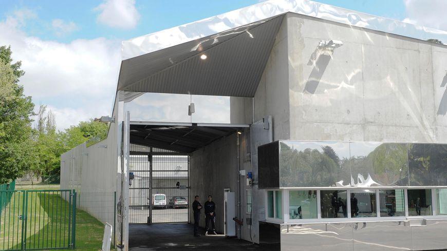 L'Unité Hospitalière Spécialement Aménagée, hôtpial du Vinatier, Bron (Rhône)