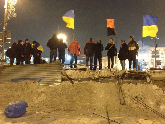 Les barricades sont revenues à Kiev. Photo de Nicolas Mathias