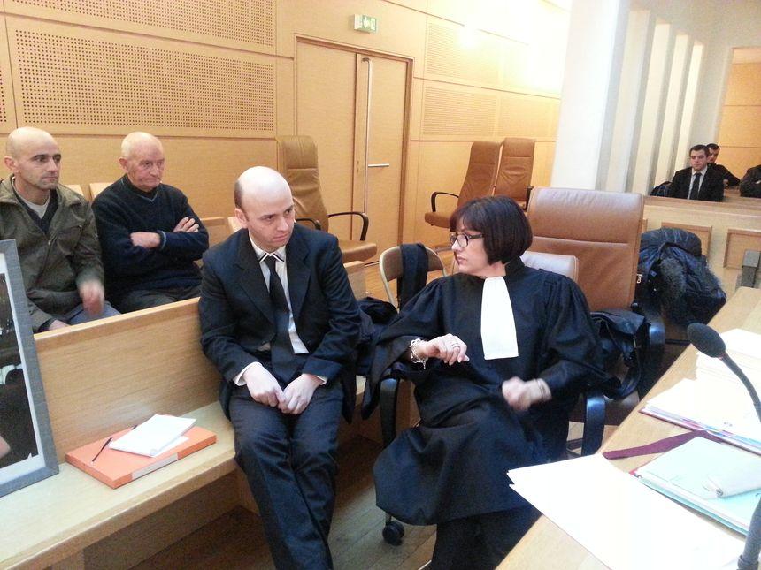 PROCES CAFE DU THEATRE Laurent Legal et son avocate