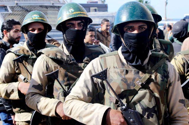 Soldats égyptiens affectés au maintien de l'ordre