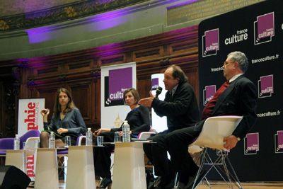 De gauche à droite: Adèle Van Reeth, Magali Bessone, Jean-Claude Ameisen et Georges Chapouthier