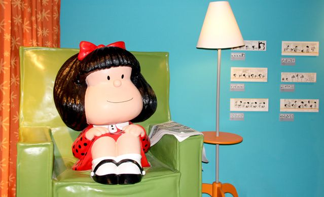 Mafalda devant la télé