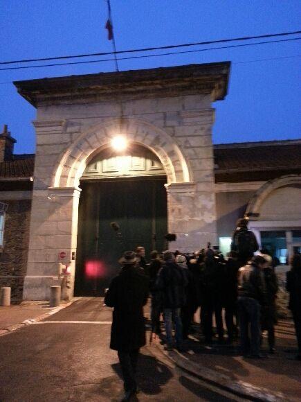 La presse attend la sortie de Philippe El-Shennawy