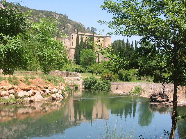 Vins-sur-Caramy (Var) - Pont romain