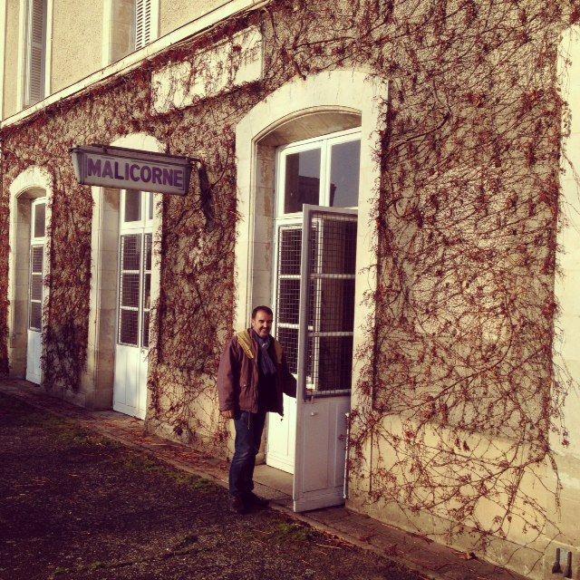 Jacky Loiseau a racheté la gare de Malicorne (Sarthe) il y a 20 ans pour en faire sa maison.